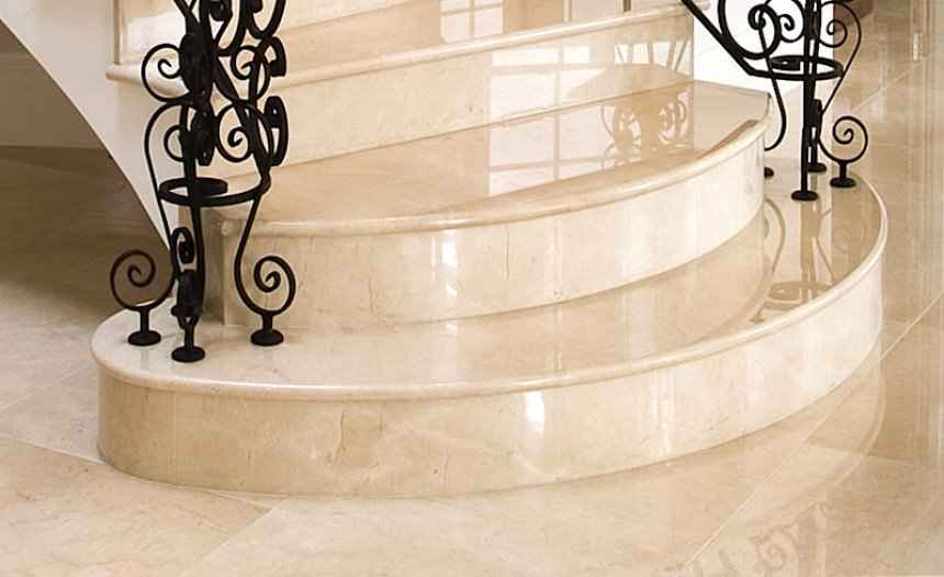 Custom Granite : stairs ? Texas Custom Granite